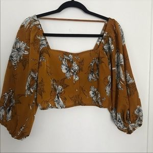 Yuliza Bundle F21 Square neck top & AE Red floral